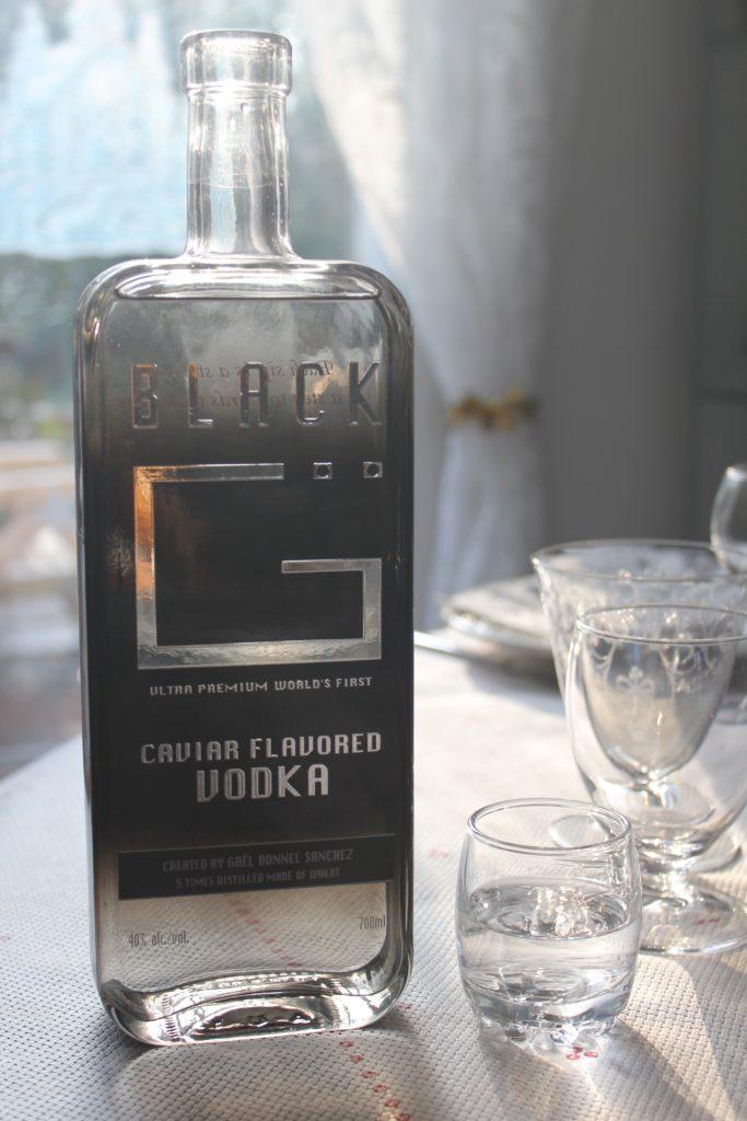 tasty life magazine lifestyle équilibré boissons alcool spiritueux innovations fêtes eau-de-vie liqueurs vodka black g caviar